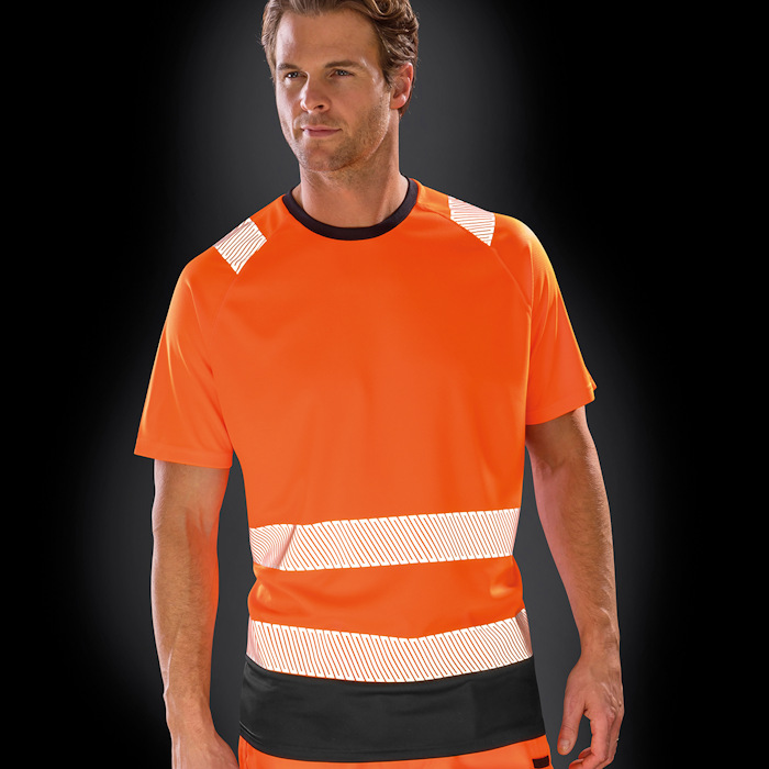 R502X recycled safety t-shirt, part of the range of Result Genuine Recycled blank clothing.